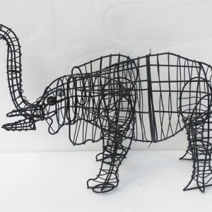 Steel wire elephant topiary frame